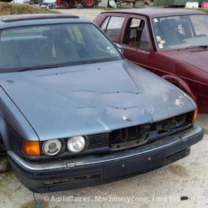 BMW Série 7 (E32) modelo 735i para péças 1986 a 1995
