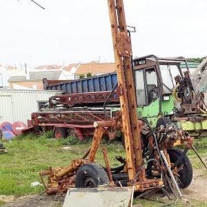 Máquina de perfuração Compair Holman Voltrak wagon drill