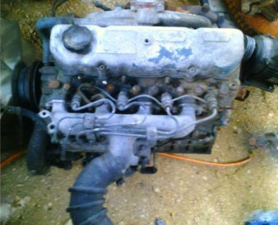 Motor Nissan Sd 22 In Board A 4 Tempos Diesel 4 Cilindros