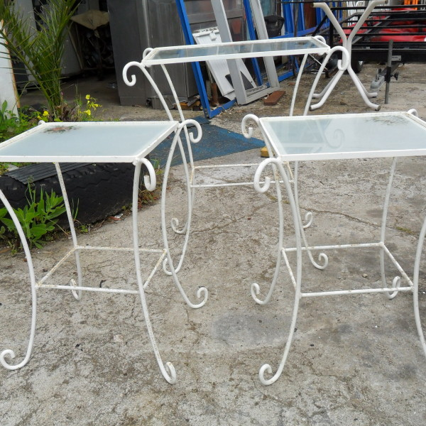 Conjunto de tr s mesas decorativas em ferro para jardim - Mesas decorativas ...