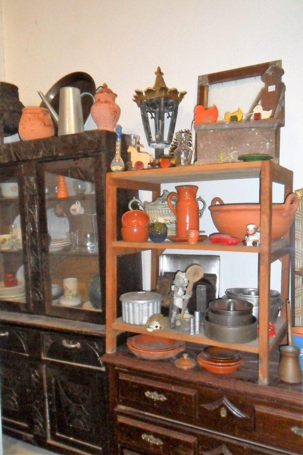 Antiguidades de vários estilos e épocas de grande qualidade