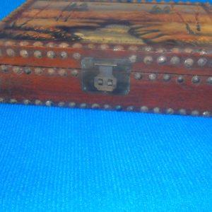 Caixa pintada e lacada Porta Joias Antiga