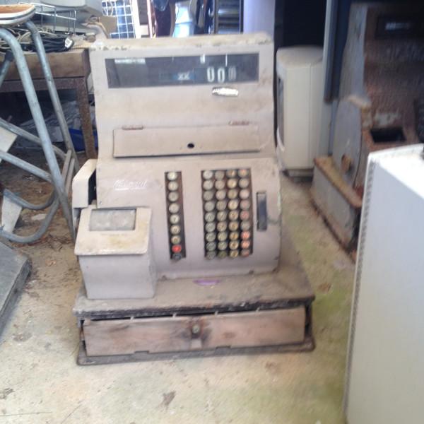 caixa-registadora-antiga-3
