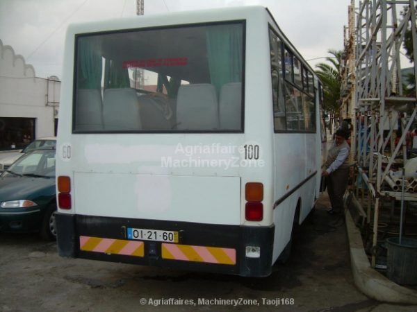 mini bus NISSAN CABSTAR H40 de 22 Lugares